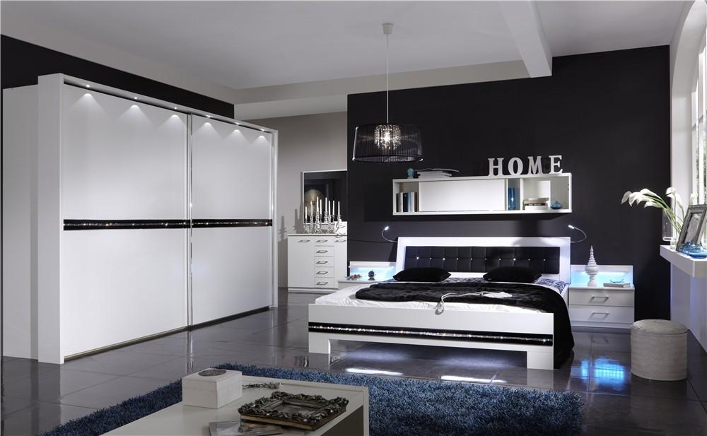 черно-белая спальня 24