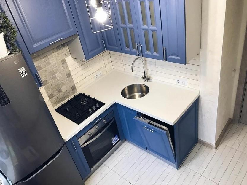 маленькая кухня 6 квм 4